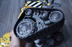 Робот WALL-E от Disney-Pixar на дистанционном управлении - фото 6461